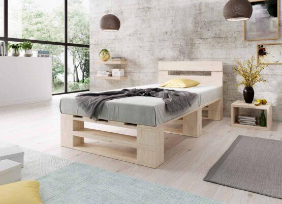 Łóżko z palet M2 z zagłówkiem bez szuflad naturalne